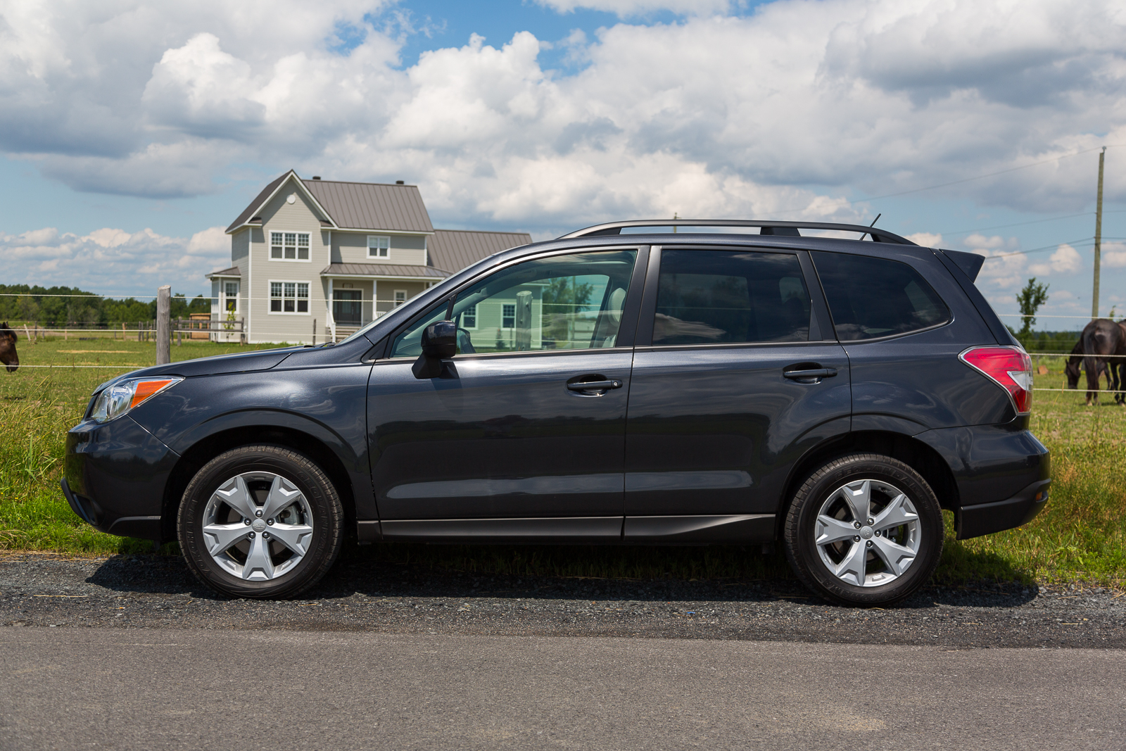 2015 subaru forester review trucks and suvs. Black Bedroom Furniture Sets. Home Design Ideas